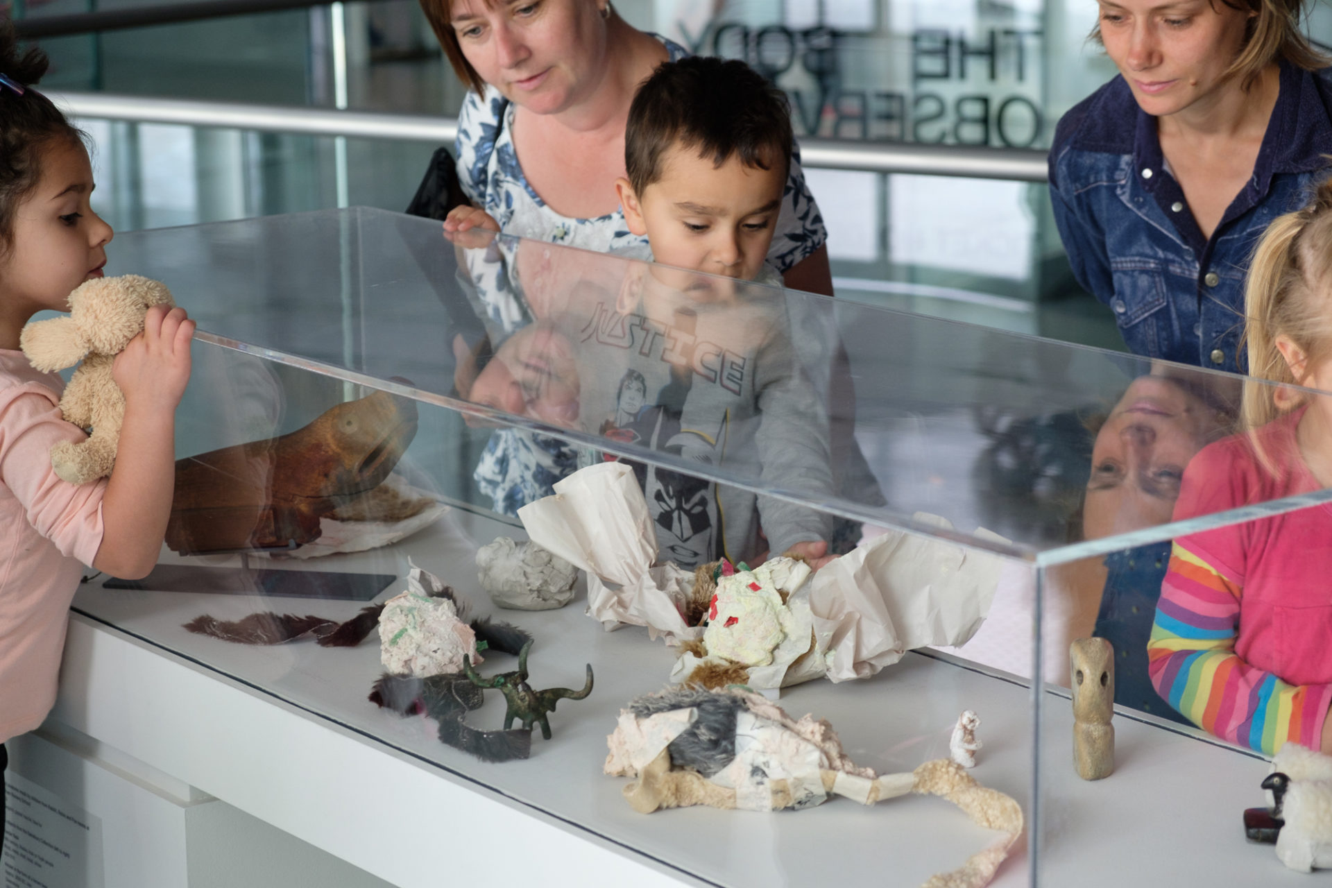 family looking at objects at Sainsbury Centre